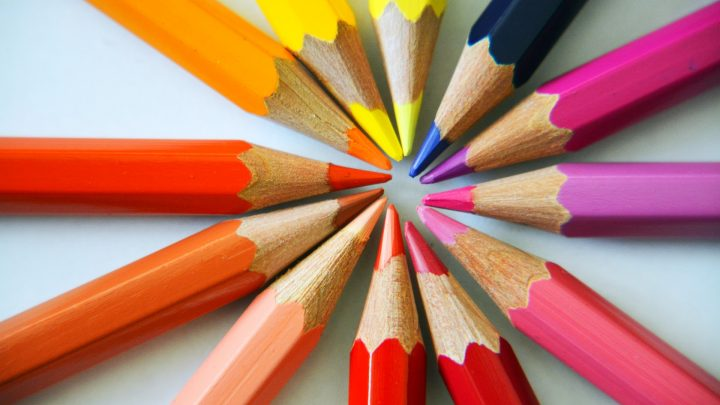 unbekannt270_Colored Pencils_YkdiRWo
